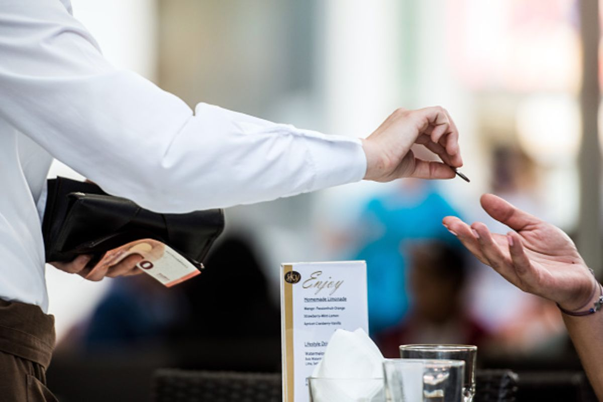 tipping is strange and strangely hard to get rid of bloomberg view