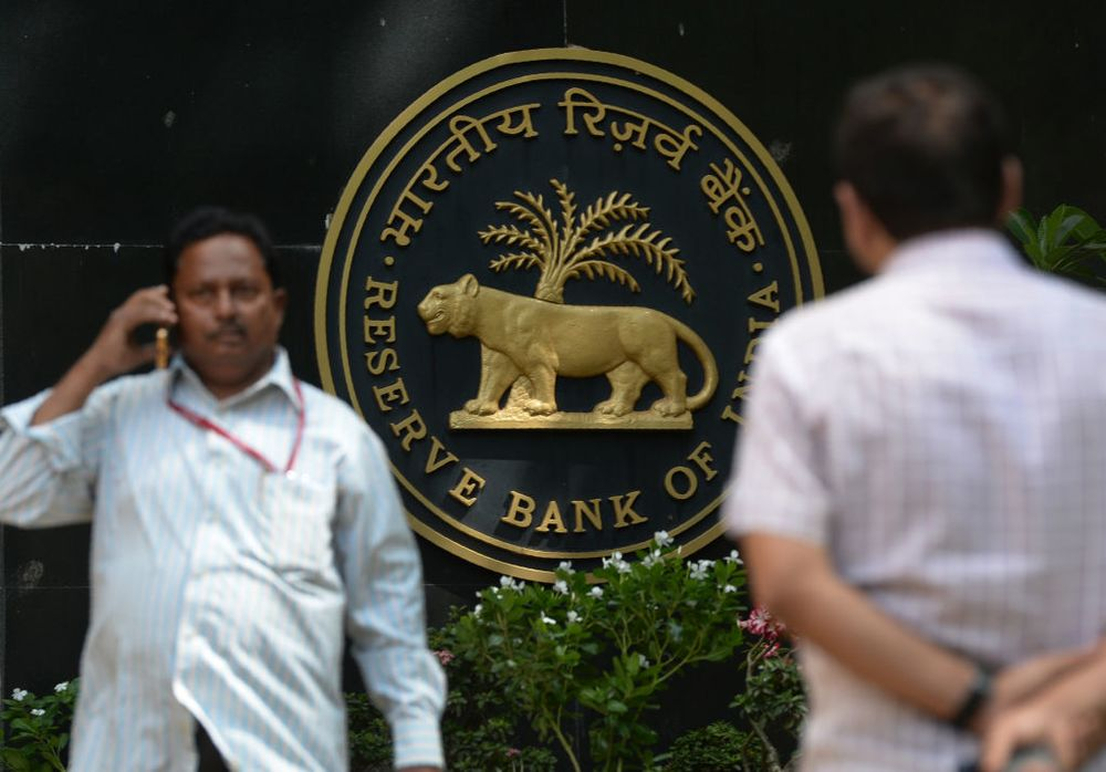 Success of Rare $5 Billion India FX Swap May Spur an Encore