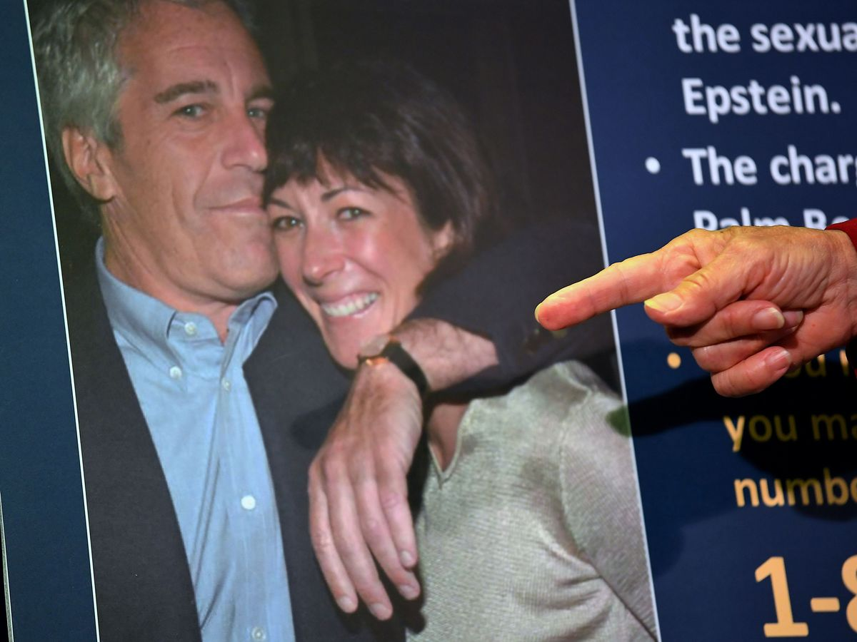Ghislaine Maxwell Complains About Treatment While in U.S. Jail