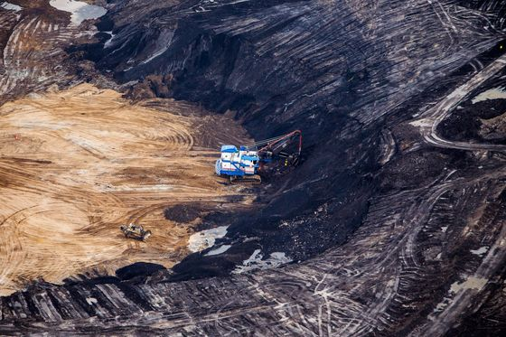 Oil Sands Industry Backs Plan to Advance Canada Climate Goal