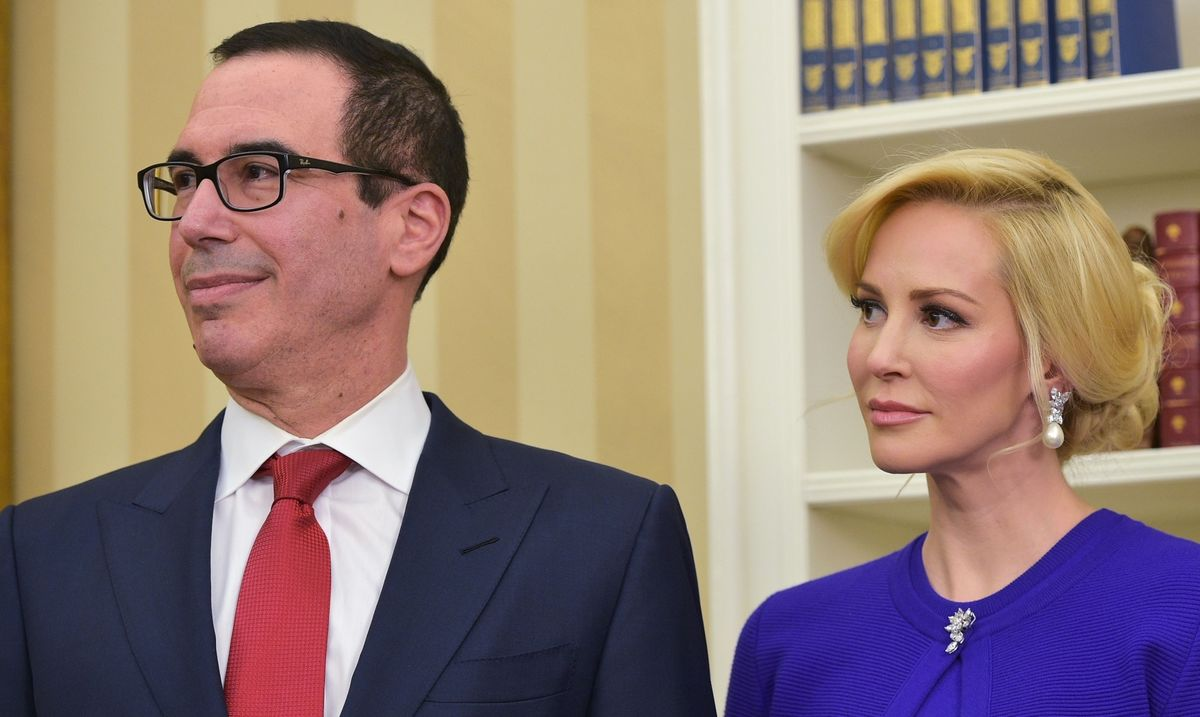 U.S.'s Mnuchin Sought Government Plane for Honeymoon in Europe