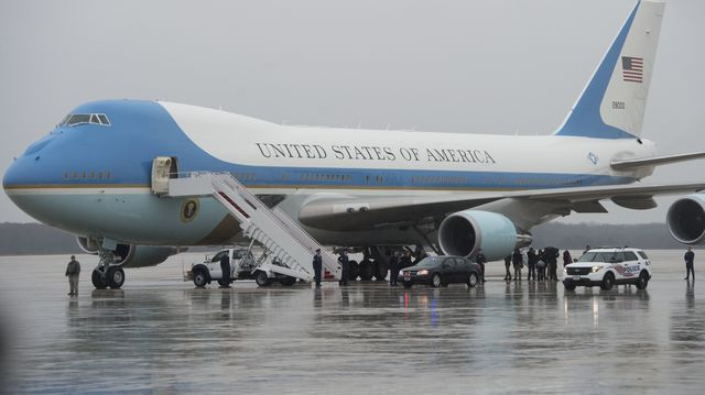 Image result for PHOTOS OF TRUMP ON AIR FORCE ONE