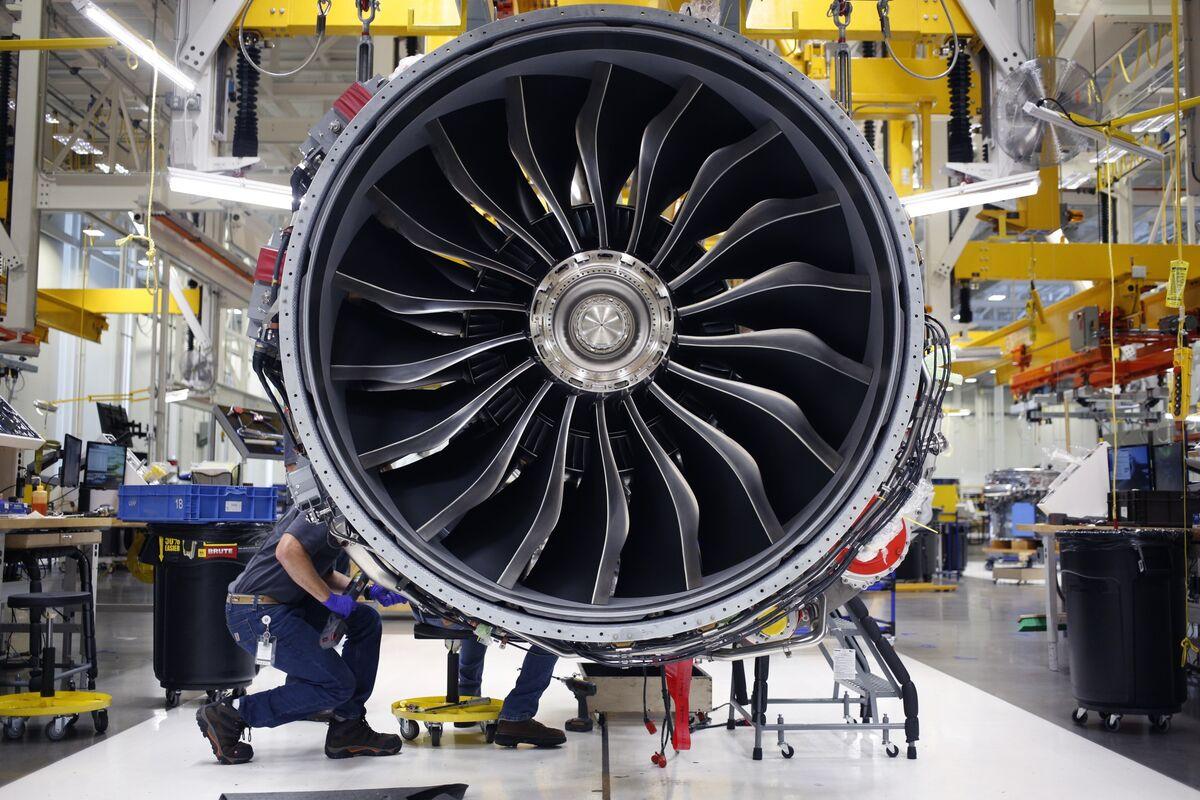 Trump Backs Jet-Engine Sales to China After U.S. Mulls GE Limits