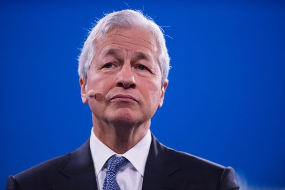 JPMorgan KeepsDimon's Pay Steady at $31.5 Million for 2020