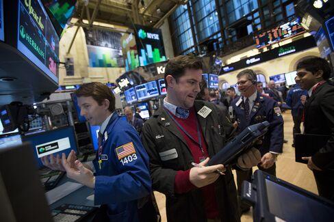 U.S. Stocks Slip as Earnings Season Begins