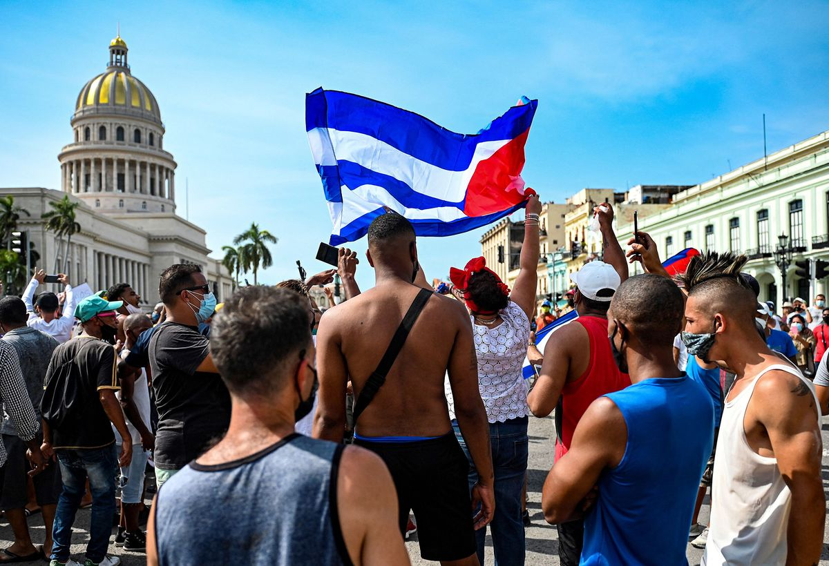 Over 1 Million Cubans Evade Internet Curbs With U.S.-Backed Tech