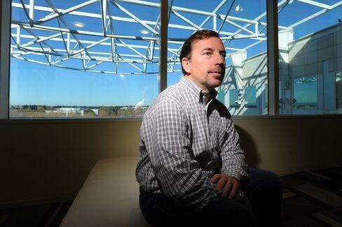 Why Dan Loeb Loves Yahoo's R??sum??-Gate