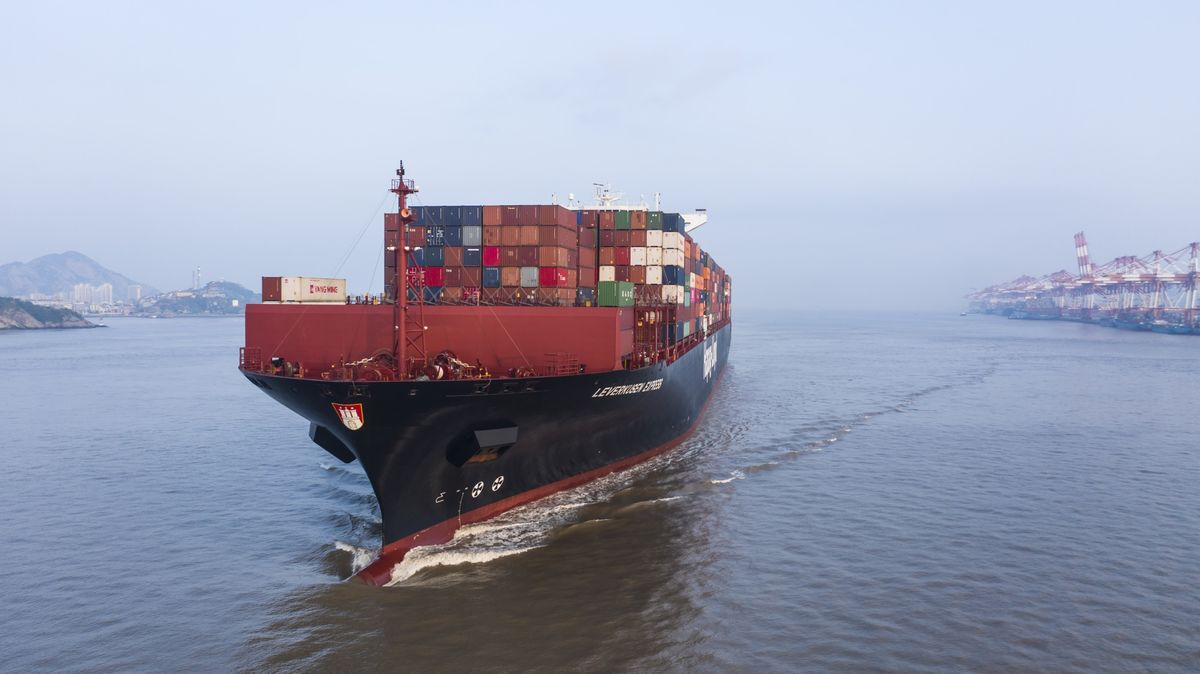 China's Imports, Exports Both Worse Than Expected in September