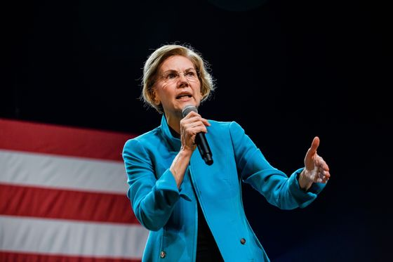 Warren Releases Unity Ads In Iowa, New Hampshire Ahead of Votes