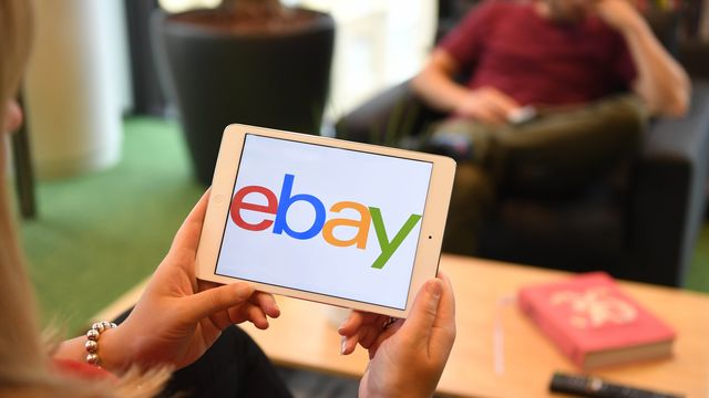 EBay CEO Has a Stark Choice: Show Growth or Break Up Company