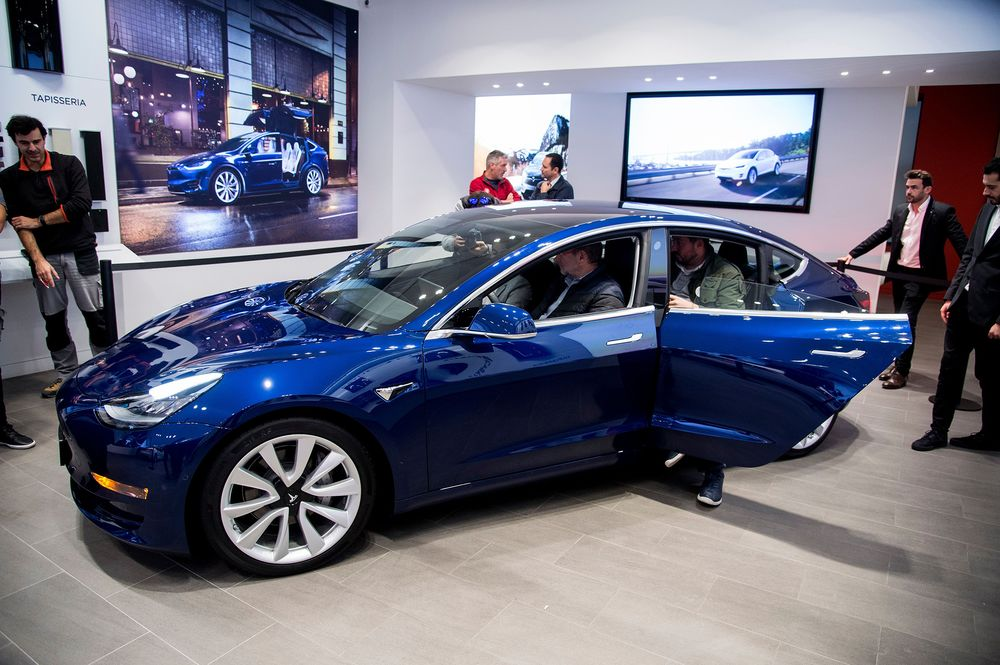 Model 3 Tracker Nails Tesla's Exit From 'Production Hell