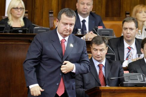Serbia Turns Back to Milosevic-Era Leaders