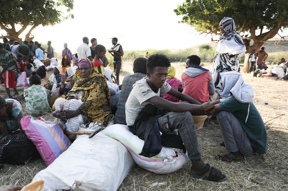 Ethiopian Conflict Precipitates Mounting Humanitarian Crisis