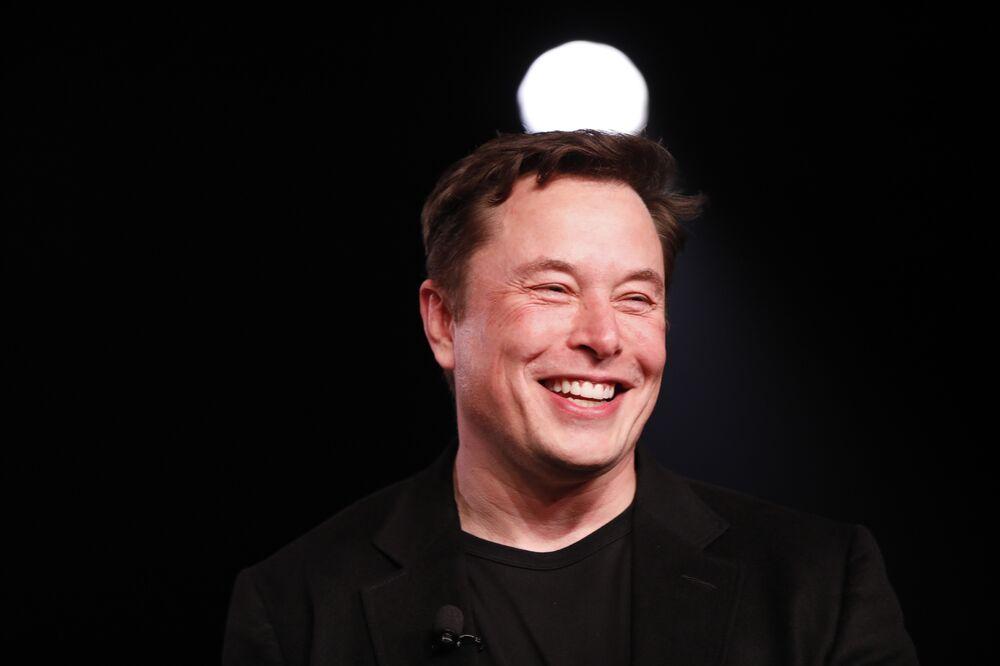 Elon Musk Flashes Teaser Picture of Tesla Cyberpunk Truck