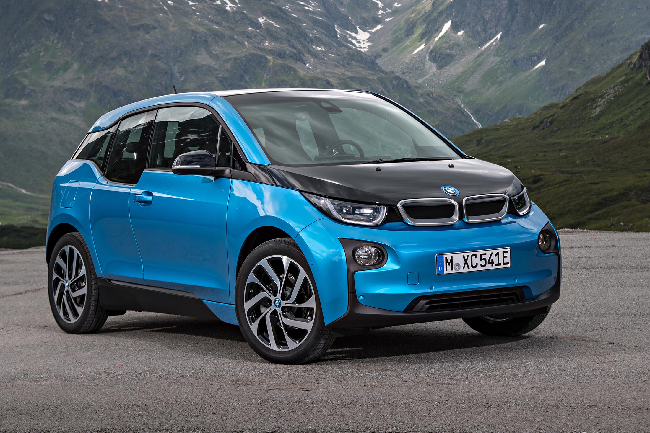 Bmw sees battery costs causing years of tears on e cars for Newspaper wallpaper for sale