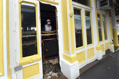 Three Months After Sandy, a Report Card on Small Business Relief