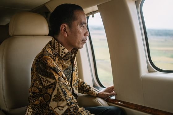 Jokowi Looks to Reboot Indonesia's Economy With a Revamped Cabinet