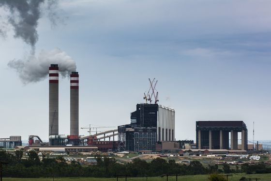 South Africa Power Cuts Expected for Days as New Plant Fails