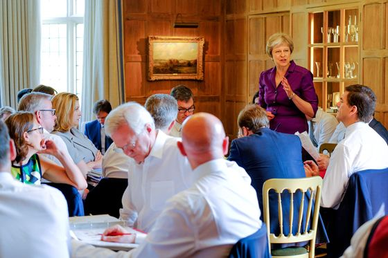 Theresa may wins cabinet backing for uk soft brexit blueprint theresa may wins cabinet backing for uk soft brexit blueprint malvernweather Image collections