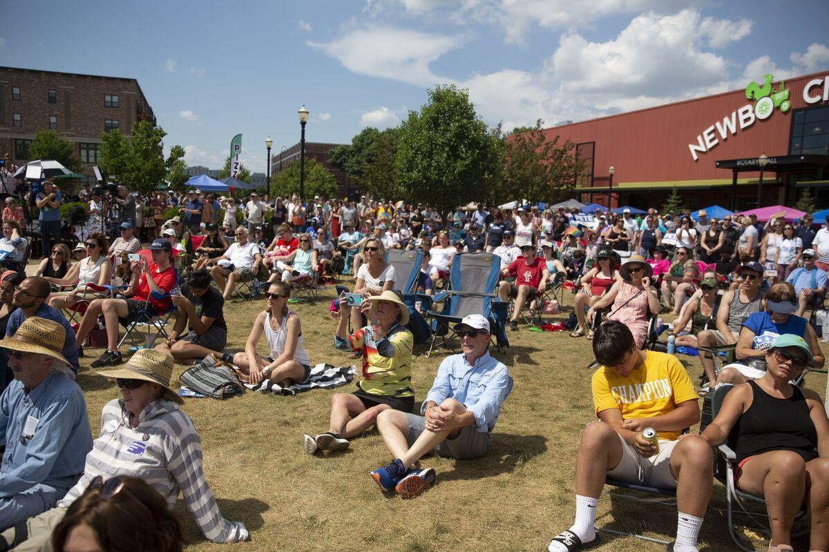 Iowa Democrats Propose 'Satellite Caucuses' to Expand Contest