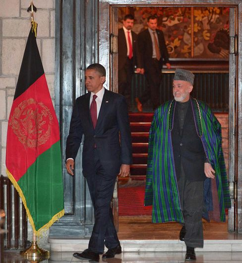 Obama, Karzai Sign Accord on Future U.S. Role in Afghanistan