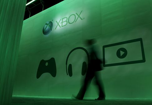 Microsoft Said to Use AMD Chips in Next Xbox to Spur Titles