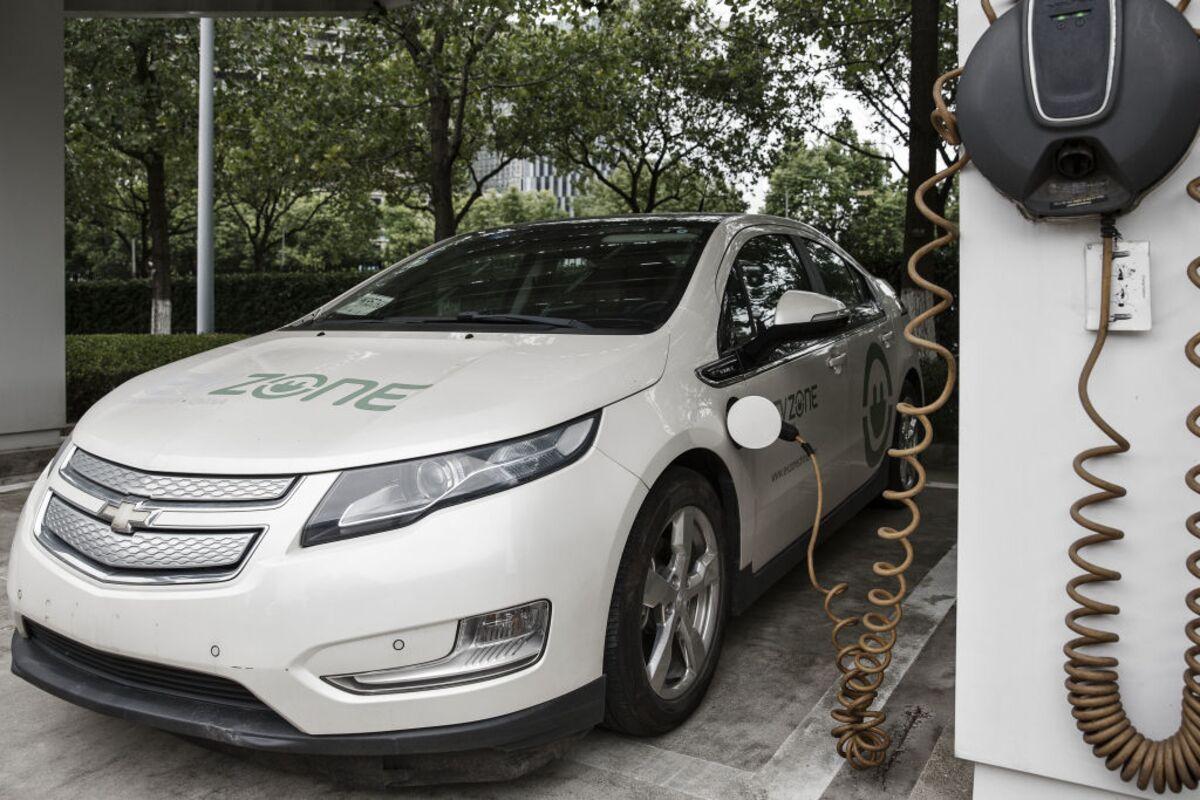Gm Unplugs The Volt But Electric Vehicles Aren T Dead