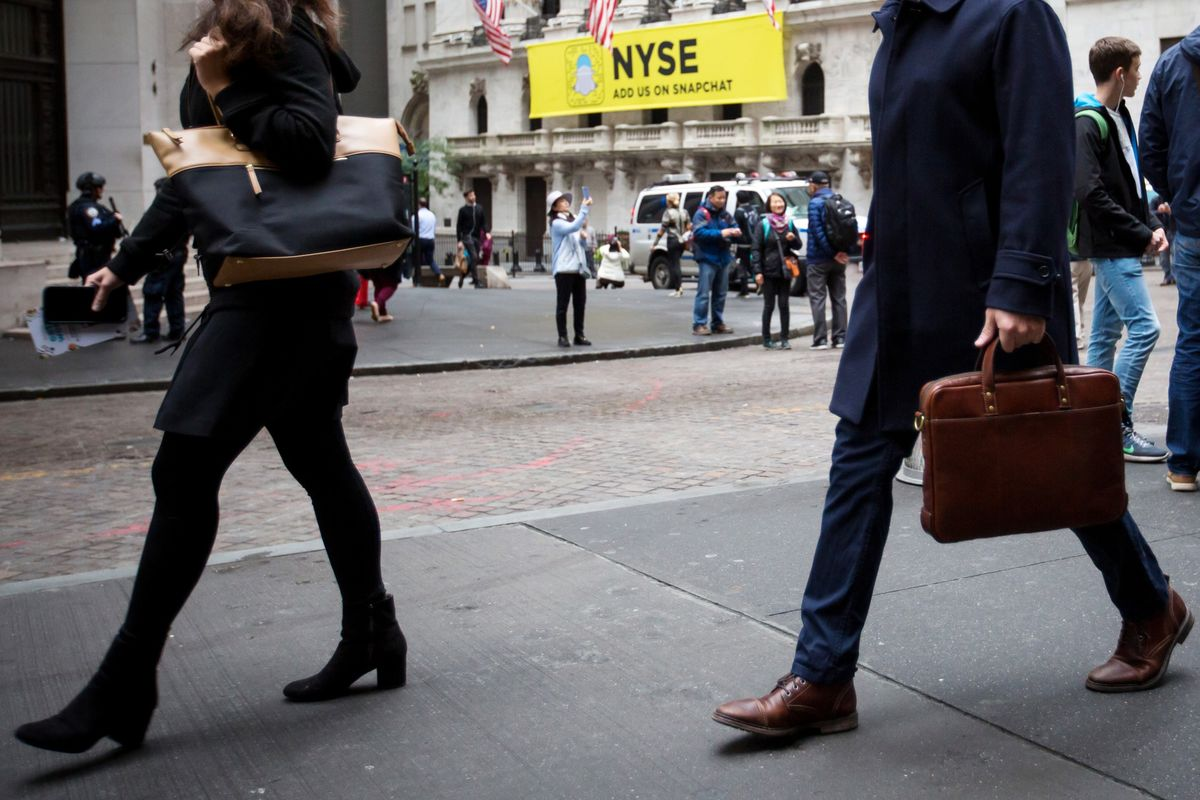 Wall Street Rule for the #MeToo Era: Avoid Women at All Cost