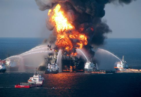 BP, U.S. Urge Judge to Accept Plea Over Protests by Victims