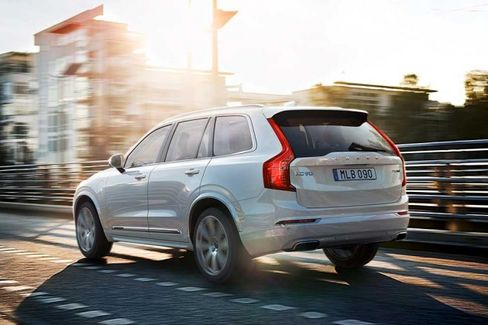 Volvo Reveals Its BMW Killer, the XC90