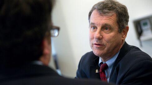 Senator Sherrod Brown, a Democrat from Ohio, talks to a reporter in the U.S. Capitol basement in Washington, D.C., U.S., on Friday, Dec. 12, 2014.