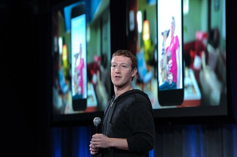 Facebook Introduces Smartphone Software to Boost Mobile-Ad Sales