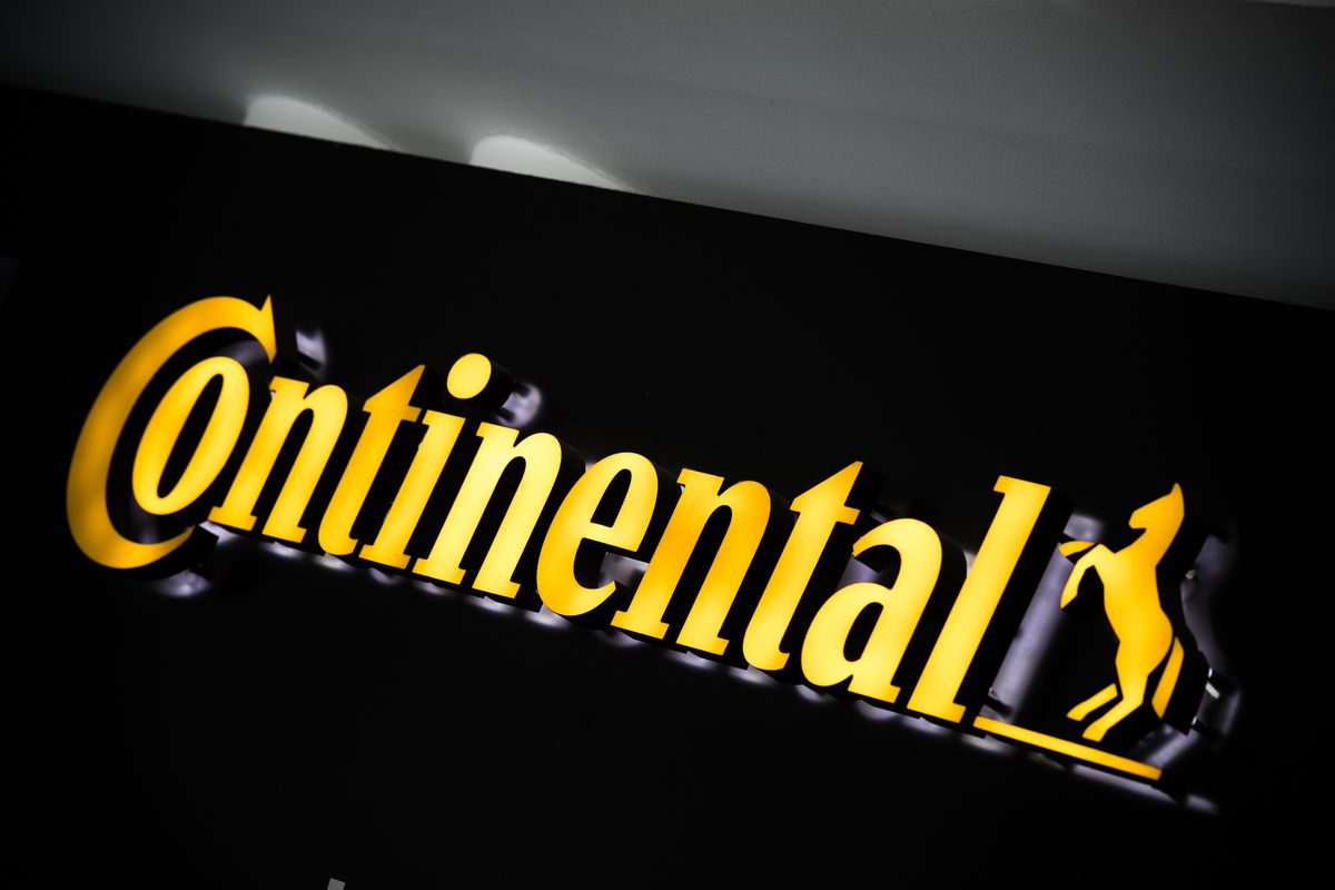 Continental's handbrake turn