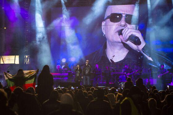 Pop Star's Win in Bulgaria Vote Doesn't Fix Political Crisis