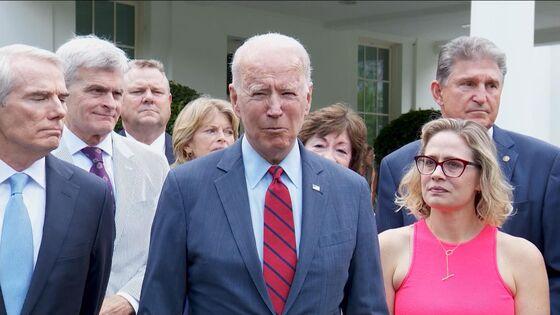 Biden, Senators Get $579 Billion Bipartisan Infrastructure Deal