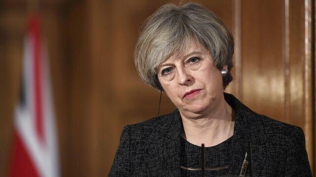 EU Finalizes Brexit Position as U.K. Threatens to Quit Talks