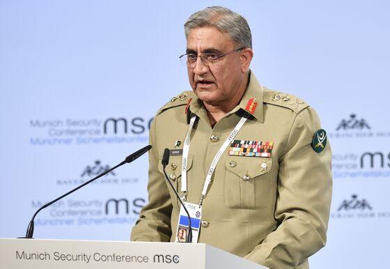 Facing Trump Attacks, Pakistan Military Seeks Peace With India