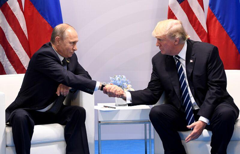 Γιατί ο Τραμπ δεν πρέπει να συναντήσει τον Πούτιν