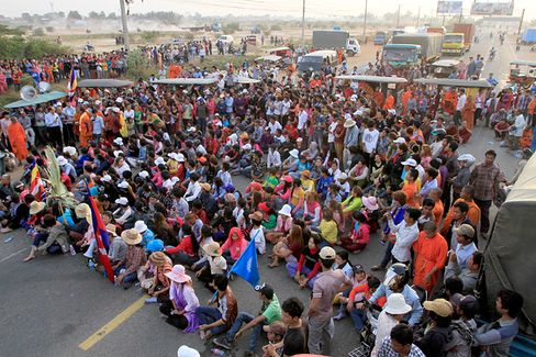 Cambodian Garment Workers, Bloodied in Crackdown, Continue Wage Struggle