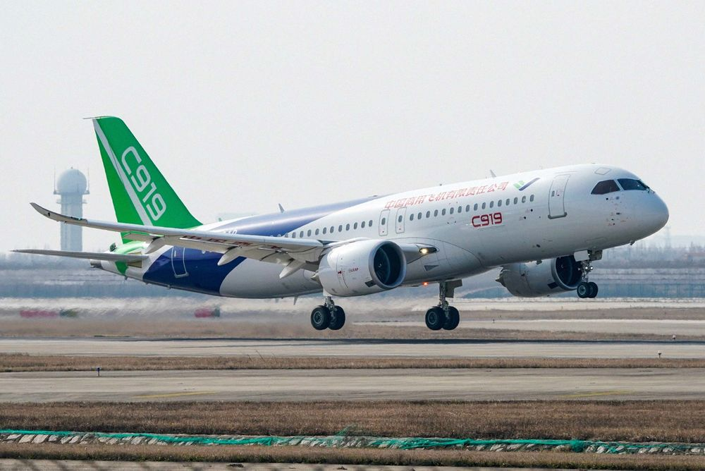 Boeing 737 Max 8 Troubles Could Help China's Comac C919 - Bloomberg