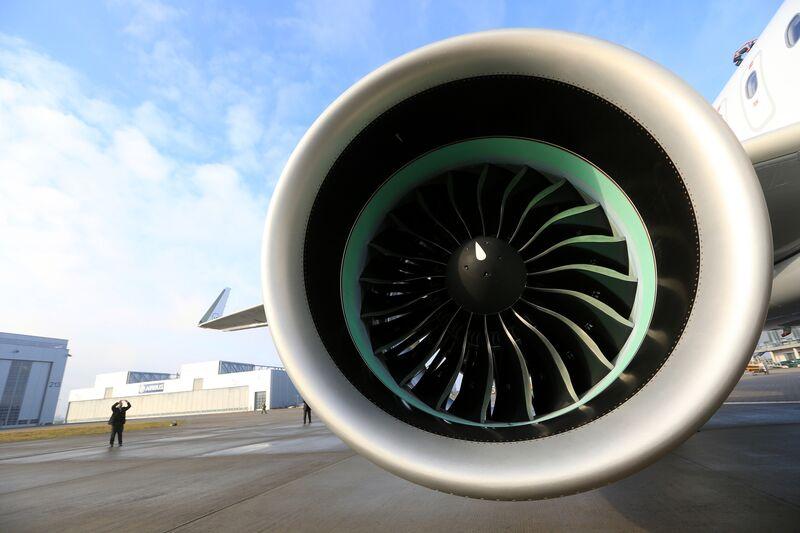 Resultado de imagen para Assembly A320neo PW 1000 GTF