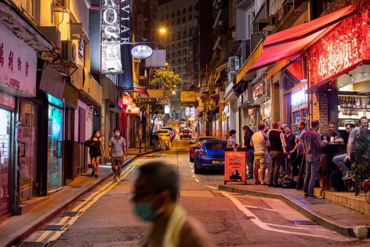Image Singapore to Review Hong Kong Travel Bubble as Virus Returns