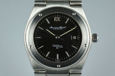 The Ingenieur SL is one of the most iconic watches of the 1970s.