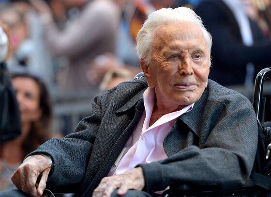 Kirk Douglas, the Tough-Guy Star of 'Spartacus', Dies Aged 103