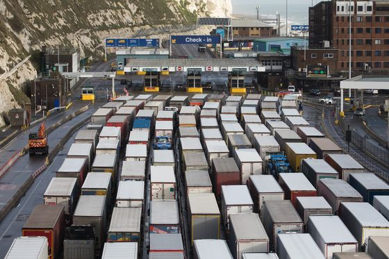 Retailers Seek Inquiry Into Port Disruption as Brexit Pressure Mounts