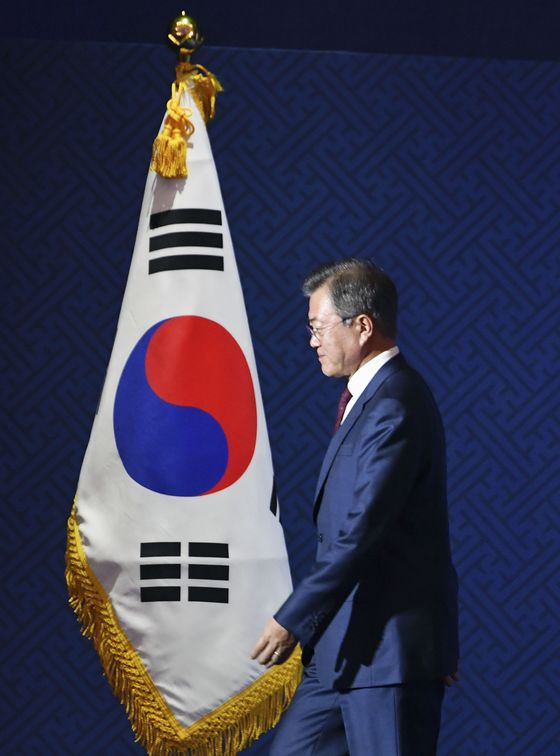 South Korea's Moon Faces a World Skeptical of the North's Motives