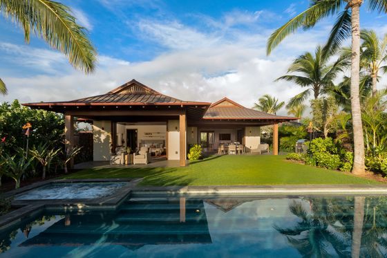 Golf Real Estate Roars Back as Vacation Homes Boom in Pandemic