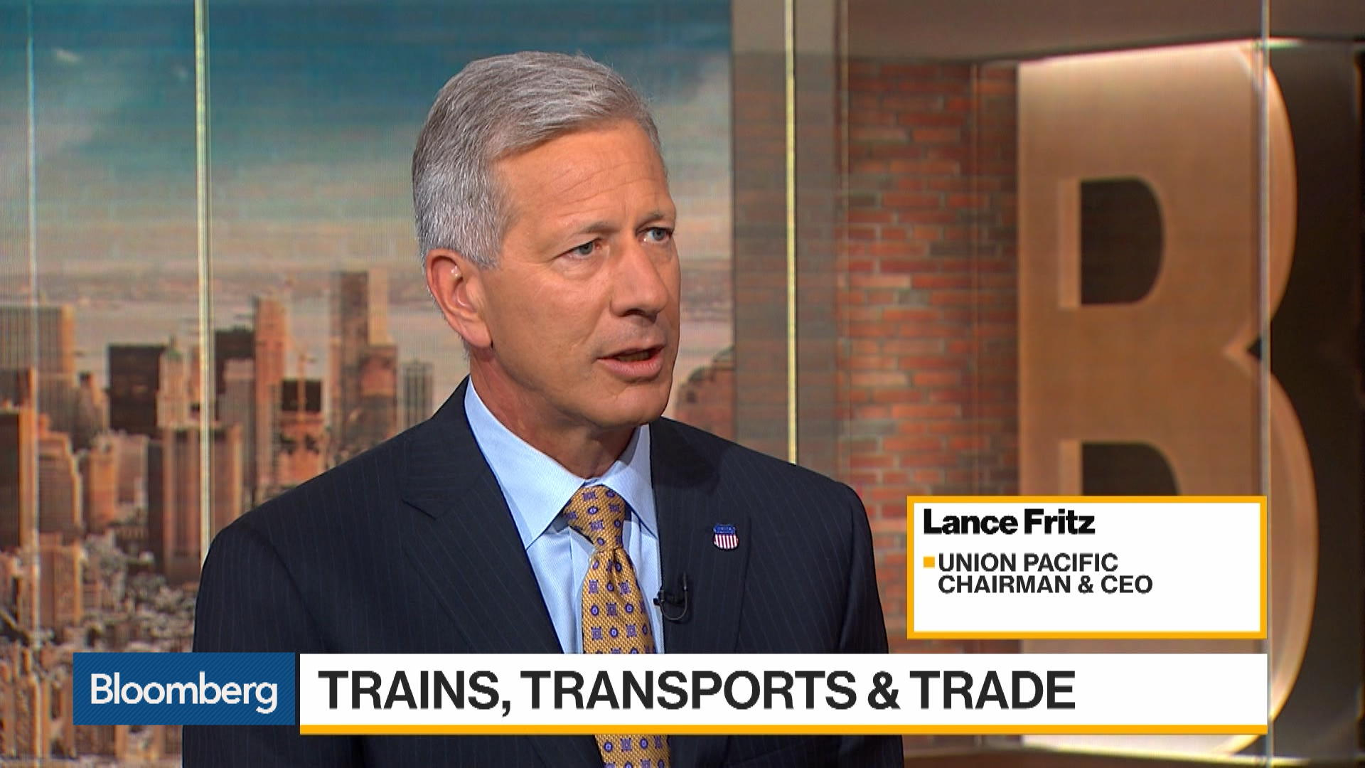 Union Pacific CEO Sees Customers Holding Back Due to Trade Tensions