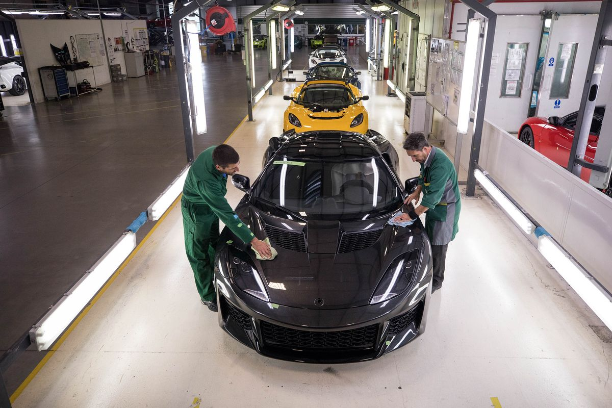Chinese Billionaire-Backed Geely Rescues British Sports Car Lotus ...