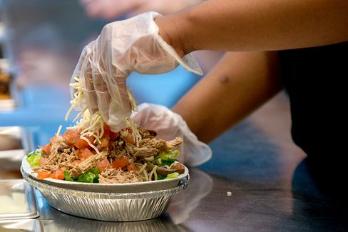 Is Chipotle???s Anti-GMO Campaign Scaring Up Customers?